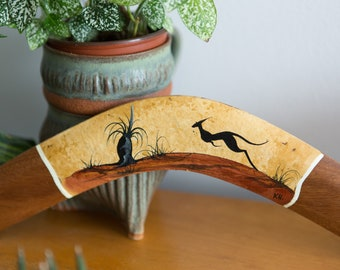 Vintage Wood Boomerang - Hand-carved Dark Wood Boho Mid Century Modern Outback Decor - Australian Aboriginal Murra Wolka Kangaroo Art