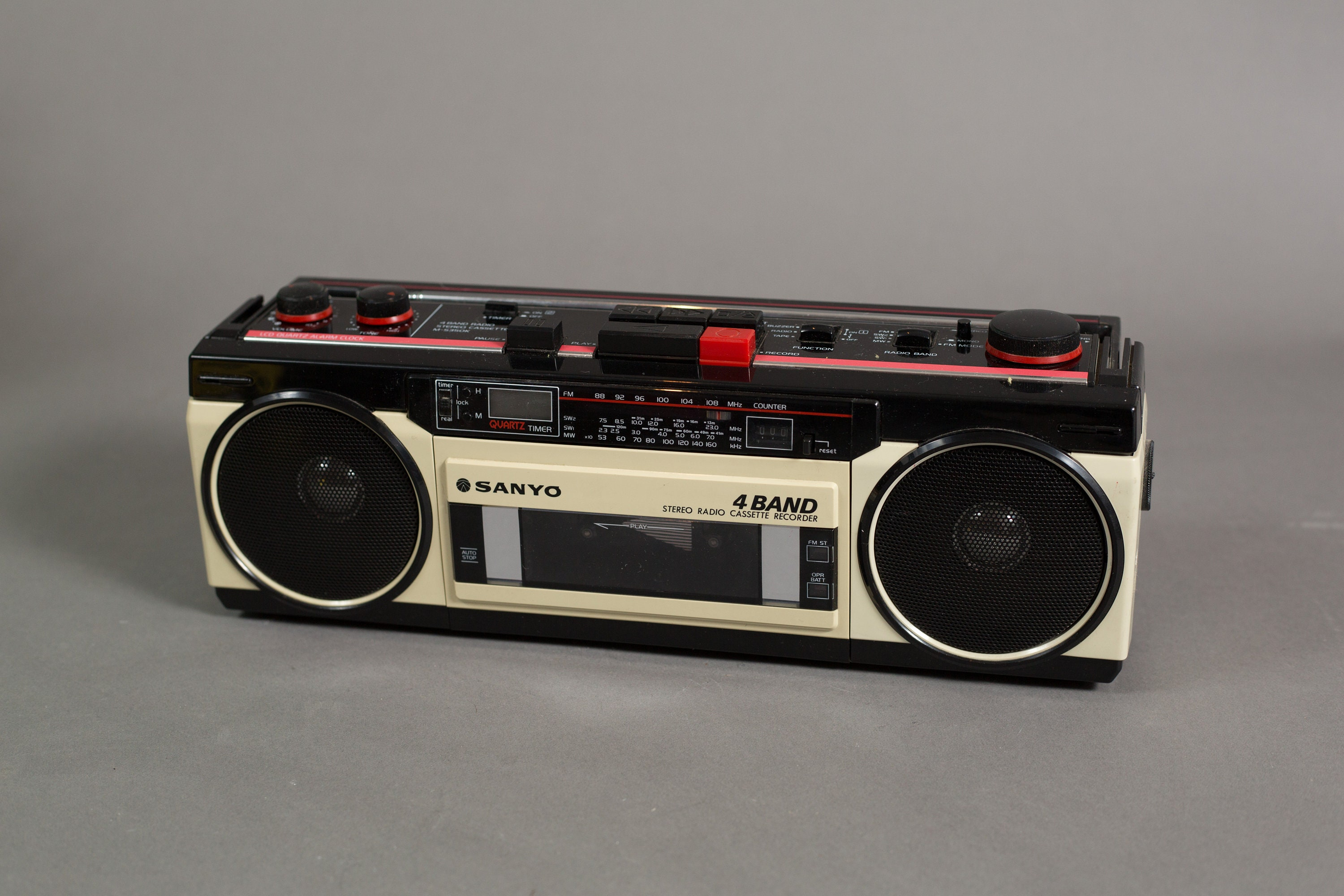 Vintage Sanyo Stereo Radio Cassette Recorder - 4 Band AM/FM Stereo