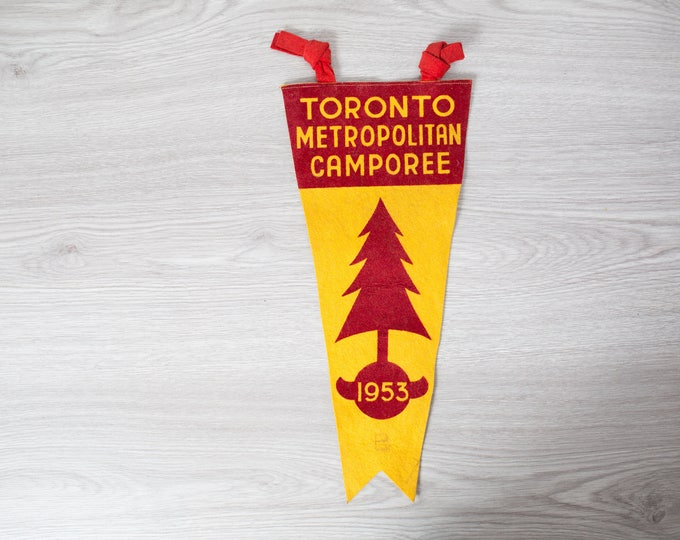 Vintage Toronto Pennant / 1950's Felt Souvenir Hanging Triangle Shaped Camping Tree Theme Wall Decor / Toronto Metropolitan Camporee 1953