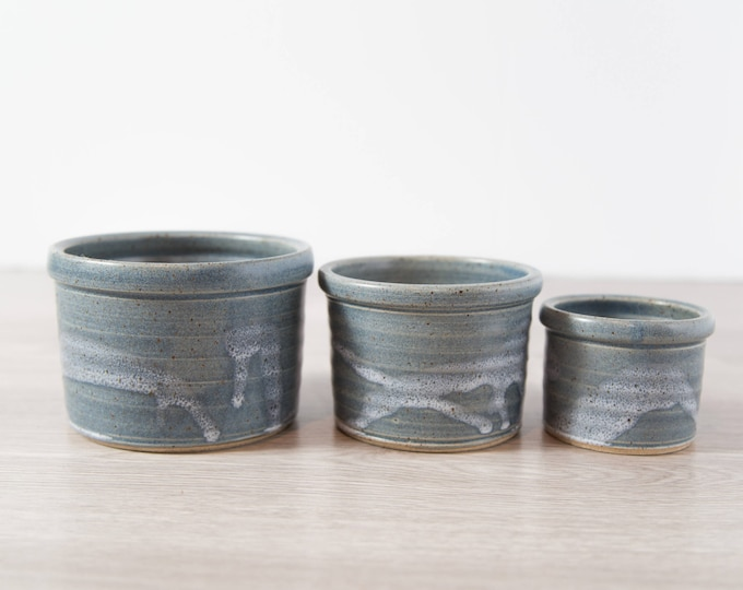 Ceramic Nesting Bowl Set of 3 / Vintage Clay Studio Art Blue Glaze Pottery Bowls or Pots for Serving or Planting Succulents or Flowers