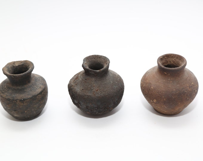 Set of 3 Antique South American Burial Pottery Jars 500-1000 years old