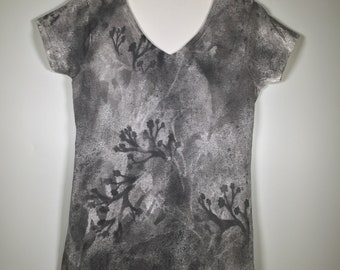 Black gray white flowers abstract all over,V neck cotton, one of a kind , casual for traveling or any activity, dressy as needed. and more.