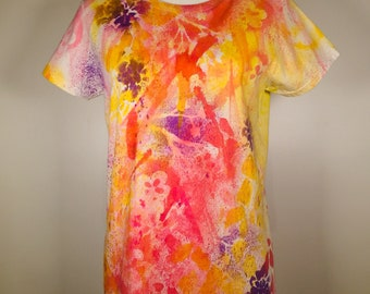 Pink yellow purple flower all over the shirt, pretty, comfortable, great streetwear !