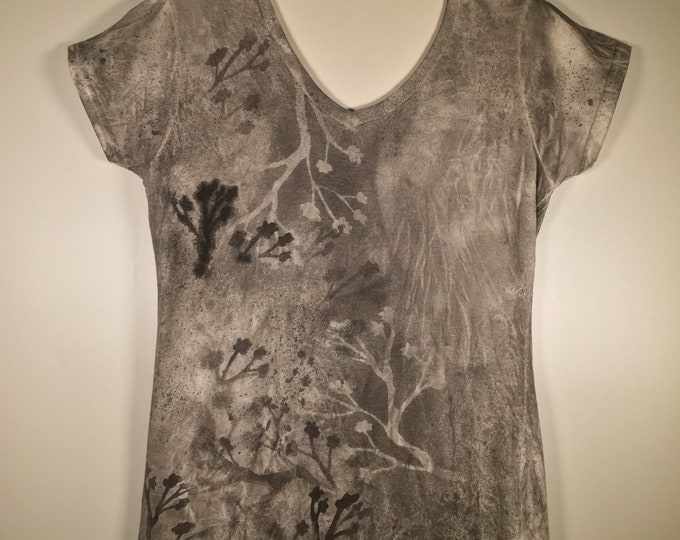 Black whit gray artwork all over , soft cotton fitted, one of a kind , Beaty and comfort , affordable, great for leisure time, traveling .
