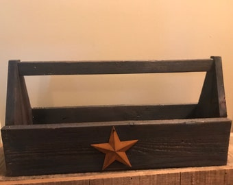 Farmhouse Primitive Country tool box with rusty star
