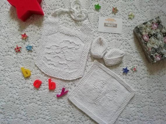 Unicorn themed cotton bib burp cloth and kimono slippers set
