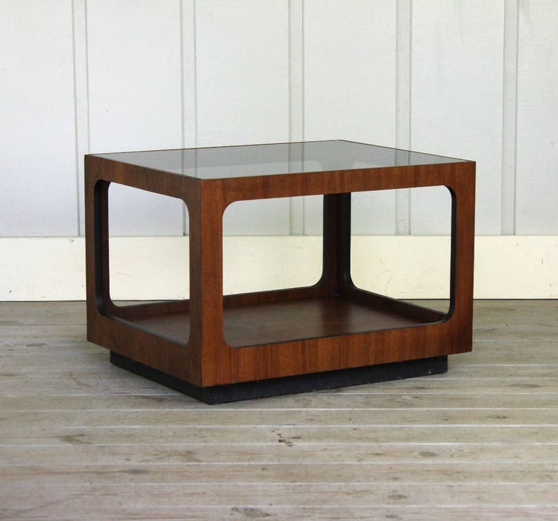 Superbe Vintage Lane Walnut Smoked Glass Side Table Walnut Mid Century Retro 60u0027s  70u0027s End Rectangle