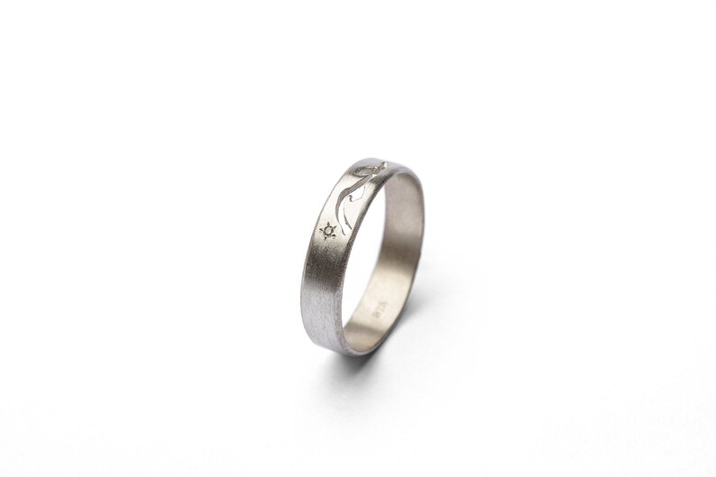 Beautiful 925 Sterling Silver Wedding Ring for Women Nature Inspired Silver Promise Band Simple and Unique tiny Diamond Band