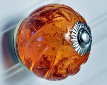 Set of 2 Glass Crisscross Cut Knobs - Amber