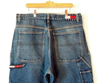 32d8fdebc Tommy Hilfiger Men's Jeans Large Logo 90's Era 38/32 Tommy Jeans Baggy  Loose fit Wide Leg Faded Perfectly Vintage Tommy Hilfiger