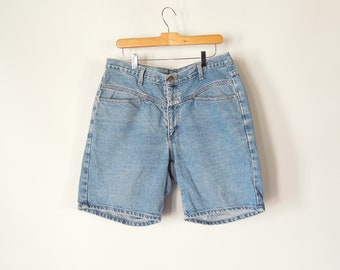 be094b39d Girbaud Denim Shorts size 34 with a 35