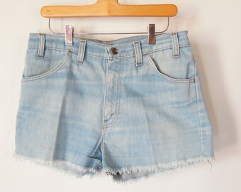 Men's Short Denim Shorts Sears Kings Road 1960's Era Frayed Hem Jean Shorts size 33 Scovil zipper