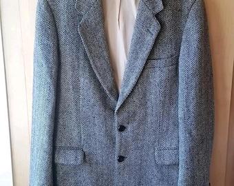 VINTAGE 1960's SEARS Harris Tweed Gray Herringbone Tweed Wool Sport Coat