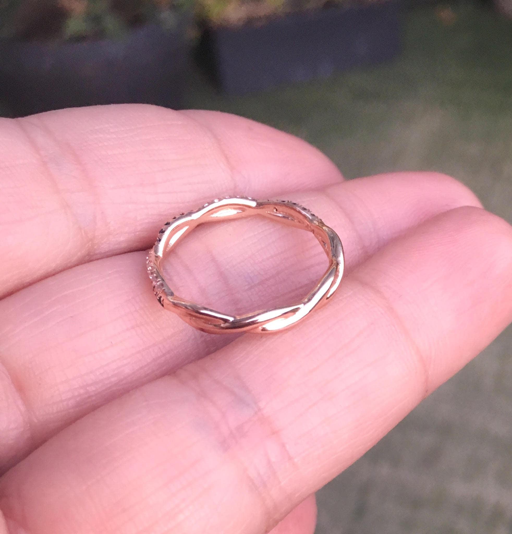 Diamond Twist Ring Black & White Diamond Twistband Delicate ...