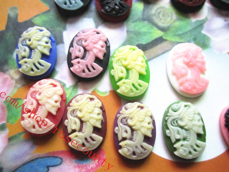 Wholesale 100pcs 18x13mm assorted 16 colors available skeleton girl resin Cabs