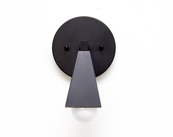 Carlisle Wall Sconce [Matte Black - Mid Century - Modern - Industrial - Single Light - Craftsman - Abstract - Art Light - UL Listed]