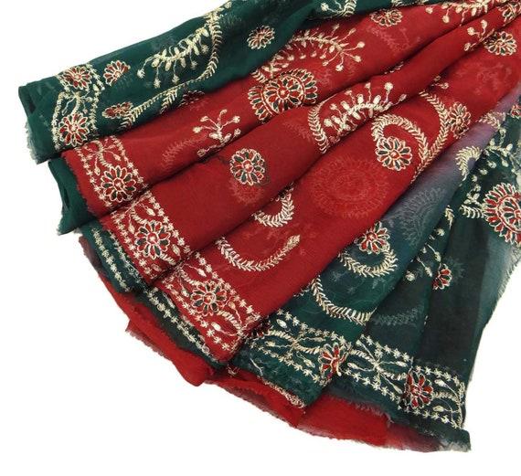 ac8aa8597fc2 Vintage Dupatta écharpe longue indienne paréo brodé tissu   Etsy
