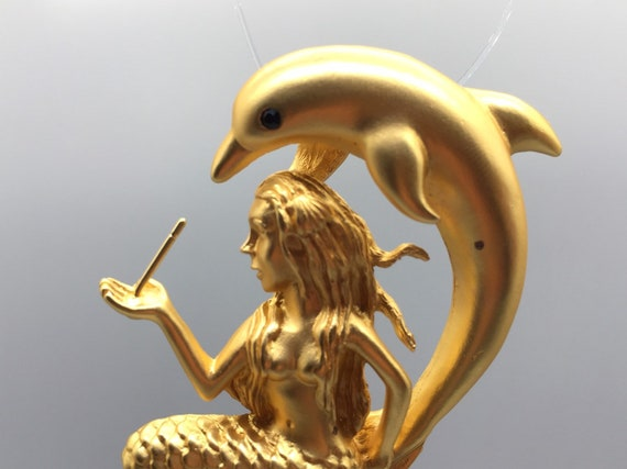 Frost gold plated. Mermaid pendant or brooch with one pin to hold drilled beads in PD02FG copyrighted design beads not included