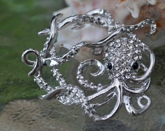 Octopus Toggle Clasp, (T02S) Original Design: silver plated with rhinestones, Ocean lover must see!!