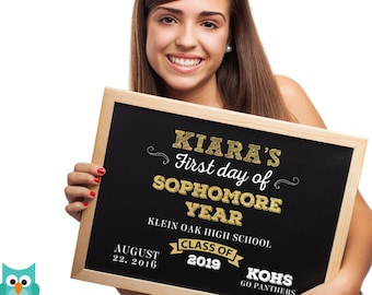 First day of Sophomore year sign, First day of school sign, Sophomore High School Chalkboard poster, 1st day Back to School Sign Printable