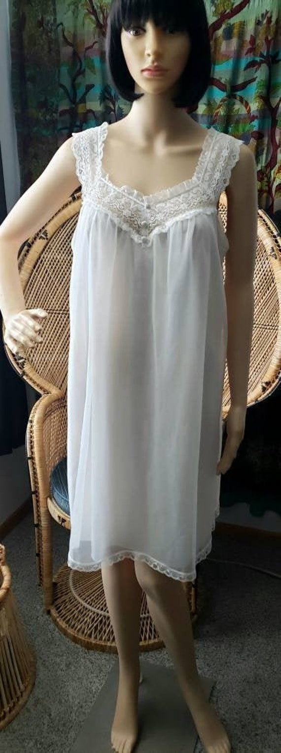 60s White Nightgown By Vanity Fair, Vintage Vanity