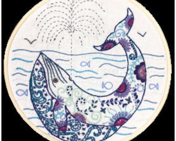 Madeleine the Whale - Embroidery Kit - Un Chat dans l'Aiguille