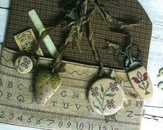 Redwork Stitching Pocket and Chatelaine - Stacy Nash Primitives - Cross Stitch Chart