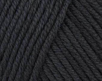 DMC Natura Medium - Aran/10ply - Noir 332.02