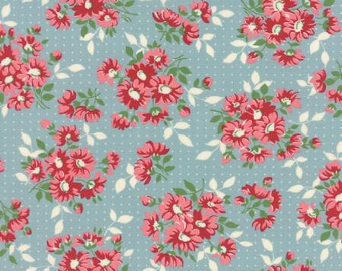 Bread n Butter Dotted Daisy Light Blue - 1/2yd