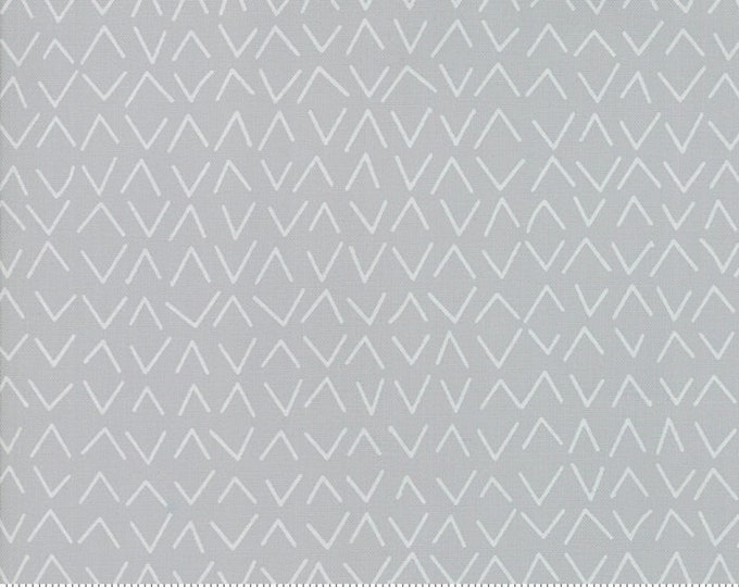 Modern Backgrounds More Paper M167125 - 1/2yd
