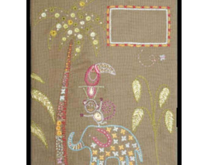 Elephant Notebook Cover - Embroidery Kit - Une Chat dans l'Aiguille