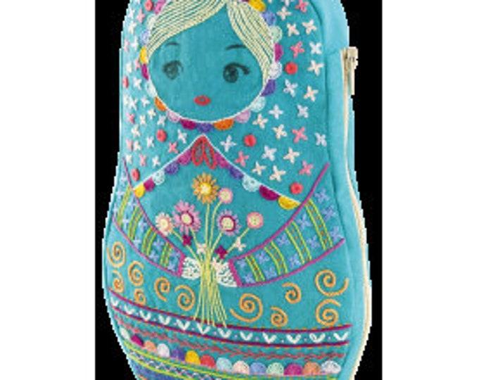 Turquoise Matriochka - Large Pouch - Embroidery Kit - Une Chat dans l'Aiguille
