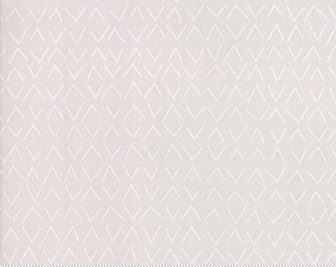Modern Backgrounds More Paper M167124 - 1/2yd