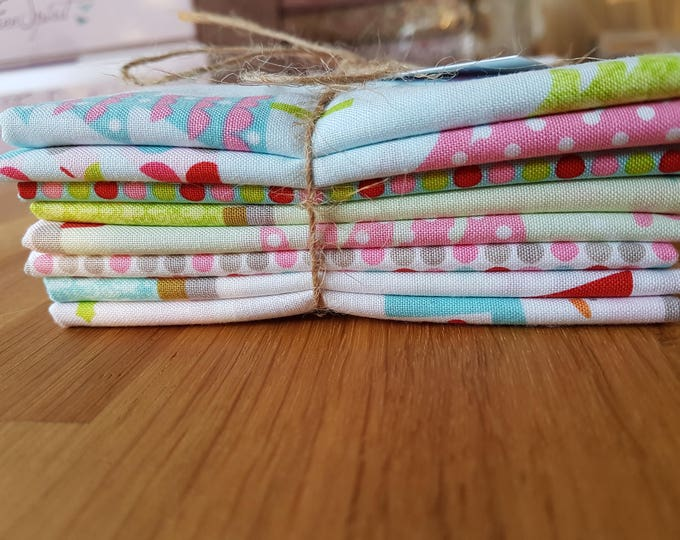 Christmas Collection Bundle - 8 x 1/4yds Bundle