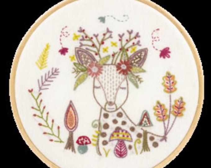 Doe, a Deer! - Embroidery Kit - Une Chat dans l'Aiguille