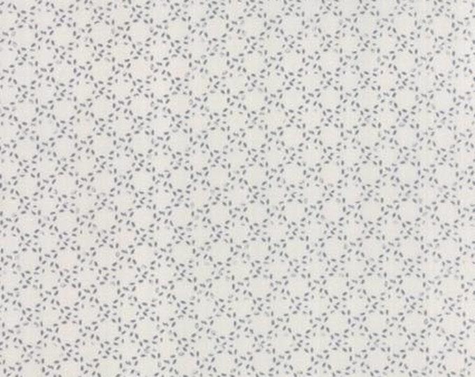 Modern BG Paper Stitched Circles Graphite Fog - 1/2yd