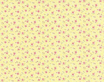 Bespoke Blooms Tiny Flowers Yellow - 1/2yd