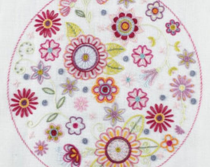 Mandala No.7 - Embroidery Kit - Une Chat dans l'Aiguille
