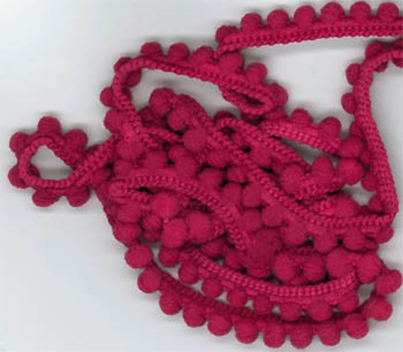 Mini Pom Pom Trim by Dames of the Needle - Raspberry Pearls - 1 yd