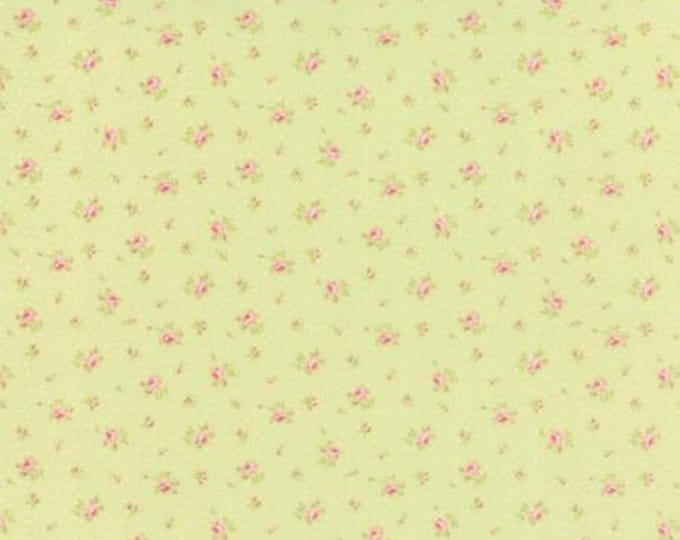 Bespoke Blooms Sprinkled Floral Light Green - 1/2yd