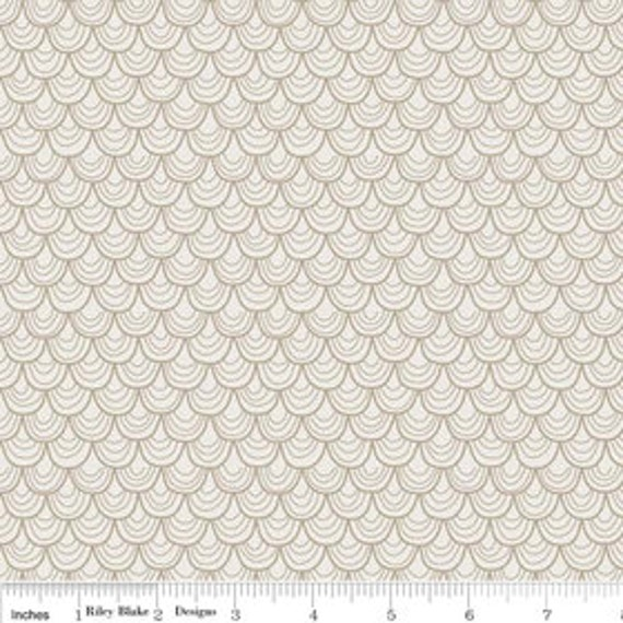 A Very Merry Christmas - Garland Soft Taupe - 1/2 yard