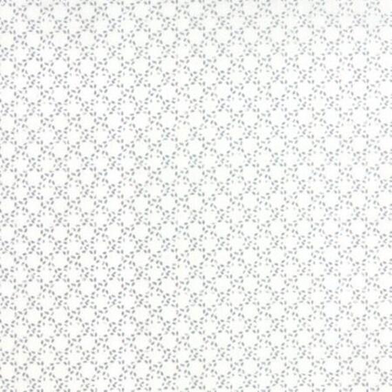 Modern BG Paper Stitched Circles Steel Off White - 1/2yd