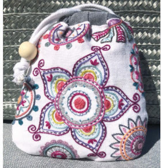 Mandala Sac - Embroidery Kit - Une Chat dans l'Aiguille