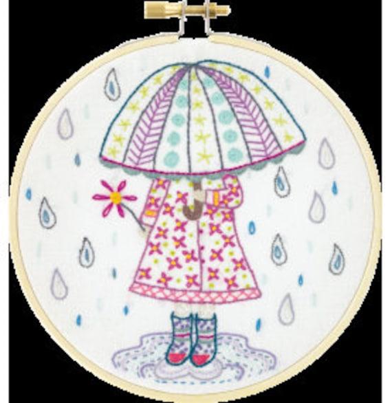 Emilie Loves the Rain - Embroidery Kit - Un Chat dans l'Aiguille