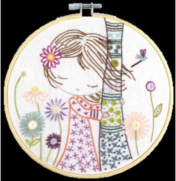 Salome Recharges - Embroidery Kit - Un Chat dans l'Aiguille