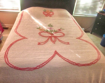 "CHENILLE WHITE bedspread vintage 88 x 102"""
