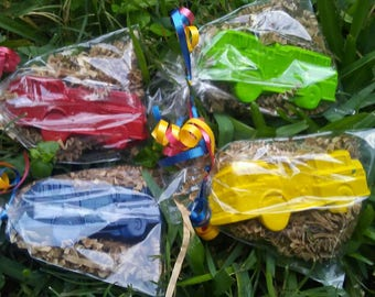 firetruck crayons party favors 20 bags fire trucks boys birthday party/party favors/thank you gifts/calss gifts