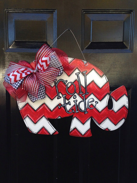 items similar to roll tide alabama elephant door hanger on etsy. Black Bedroom Furniture Sets. Home Design Ideas