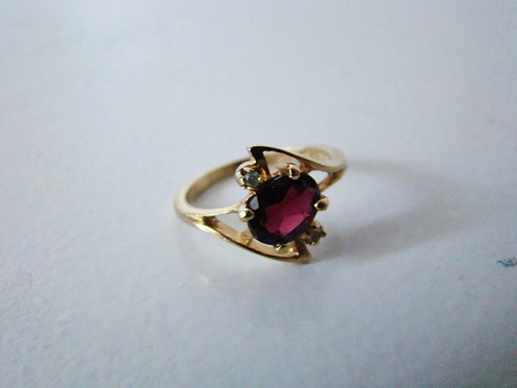 Vintage Ring Garnet and Clear Diamond CZ Ring 24KT JQA HGE Electroplated Gold Size 7 Estate Jewelry Marked January Birthstone