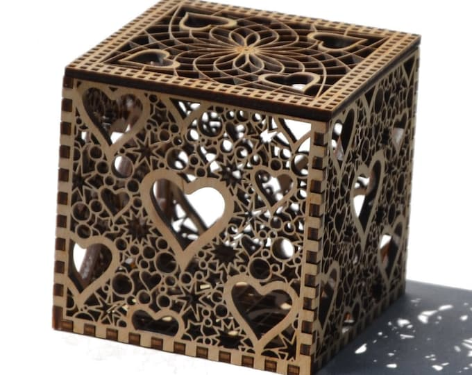 Lacy Heart Box